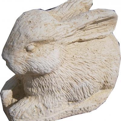 Adorable petit lapin en pierre reconstitué