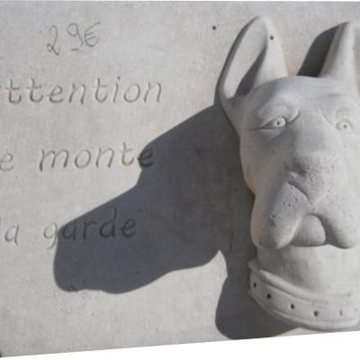 Panneau de securite mural pour chien