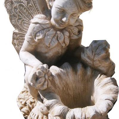 Magnifique fée fontaine