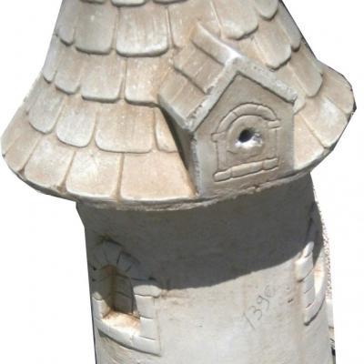 Grand moulin en pierre reconstituée