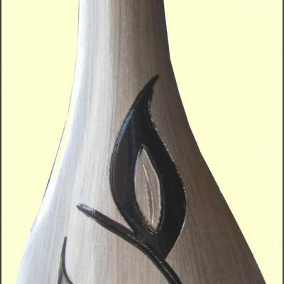 Pot gris motif fleur en céramique, peint à la main