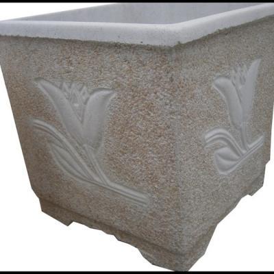 Pot carré en pierre reconstituée