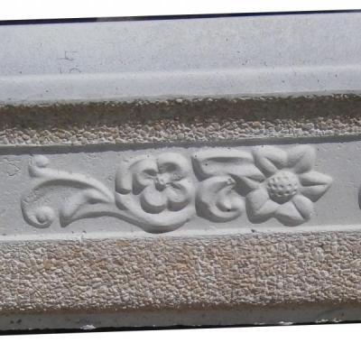 Jardinière en pierre reconstituée