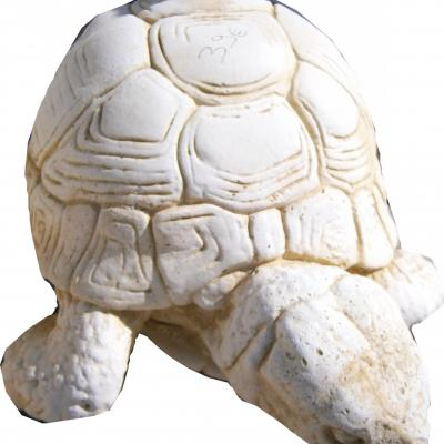 Très jolie tortue en pierre reconstitué