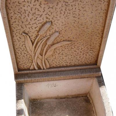Fontaine murale avec robinet