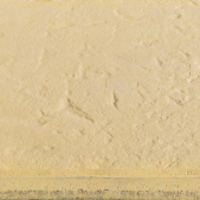 Plaque jaune façon vieilli