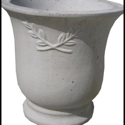 Pot de fleurs blanc en pierre reconstituée